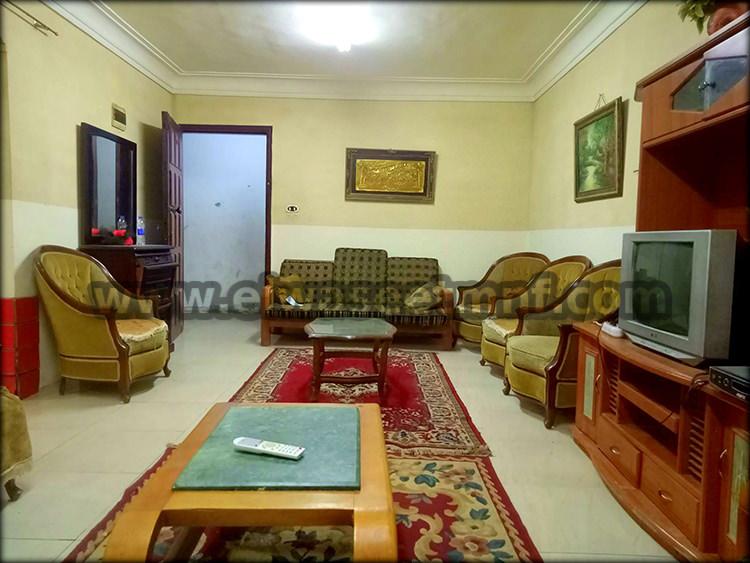 شقة إيجارمفروش بمساحة 100 متر ببرج دور تاني علوي بالقرب من شارع صبري ابو علم وبشاير الخير من الوسيط العقارية بشبين الكوم .