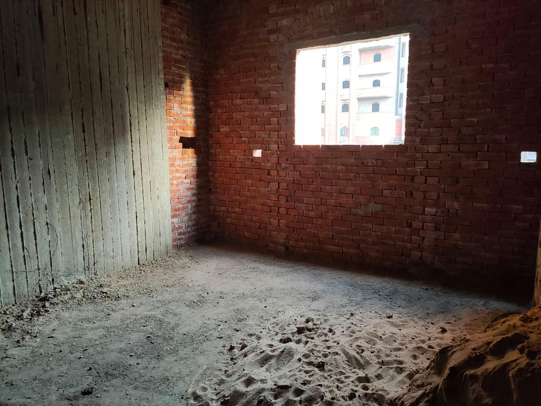 شقة للبيع 145 متر فى برج جديد دور تاني علوى بالقرب من شارع باريس من شركة الوسيط العقارية بشبين الكوم