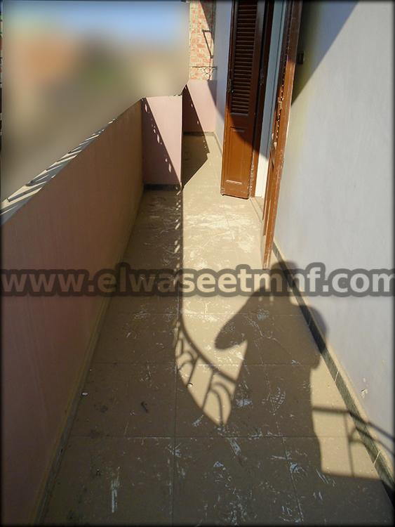 شقة تمليك بمساحة 153 متر تشطيب سوبر لوكس دور تانى علوى على شارع رئيسى بالقرب من مسجد الباشا بكفر المصيلحة من الوسيط العقارية بشبين الكوم