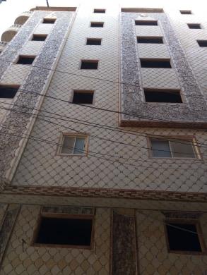 شقة تمليك للبيع بمساحة 152 متر على ناصيتين بعمارة جديدة بأسانسير خلف بنزينة الباجورى بالبر الشرقى من الوسيط العقارية بشبين الكوم